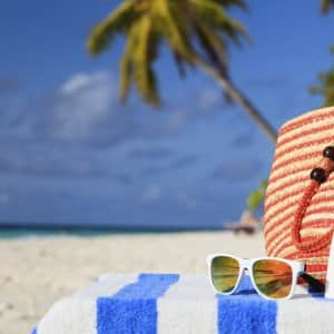 Although enticing, most vacation activities should be avoided after surgery, and a long return flight increases the risk of developing a pulmonary embolism and blood clots, says Dr. Bermudez (Photo ©Thinkstock)