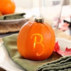 monogrammed pumpkin place card for Thankgiving