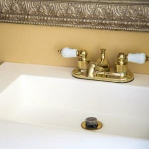 Is a Touchless Faucet Right for Your Bathroom? | Angie\'s List