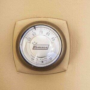 old dial thermostat