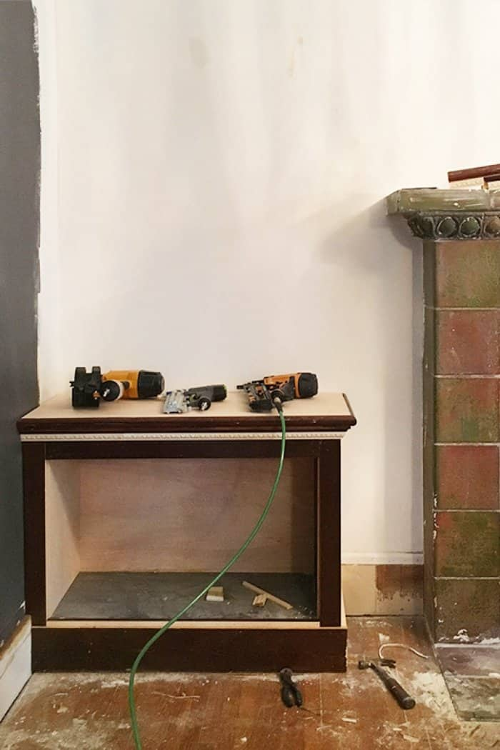 fireplace built-ins makeover contest