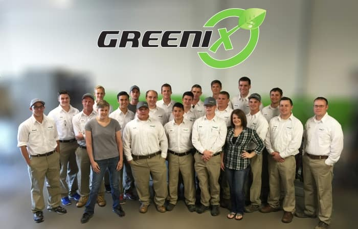 group photo of Greenix Pest Control employees