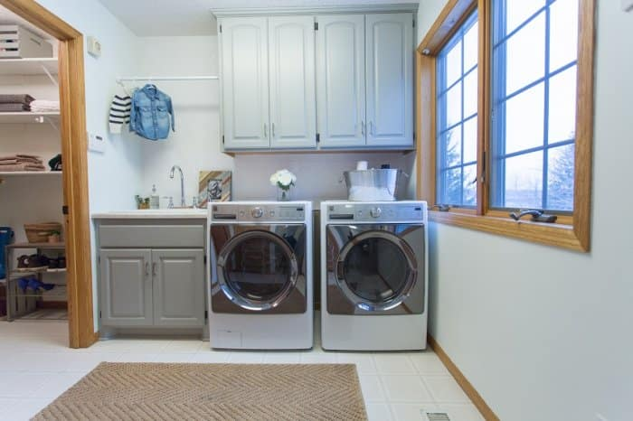 The After Of Morgan And Jamie Molitor 039 S Laundry Room Refresh Remodel