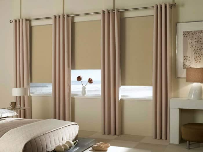 Bedroom Drapery And Roller Blinds
