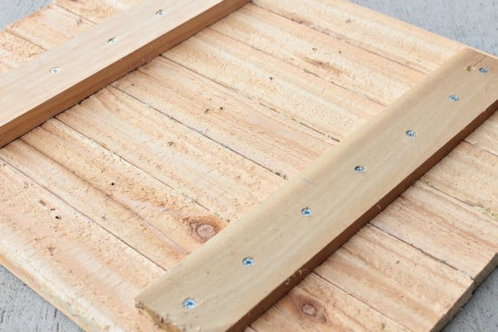 making custom wood sign
