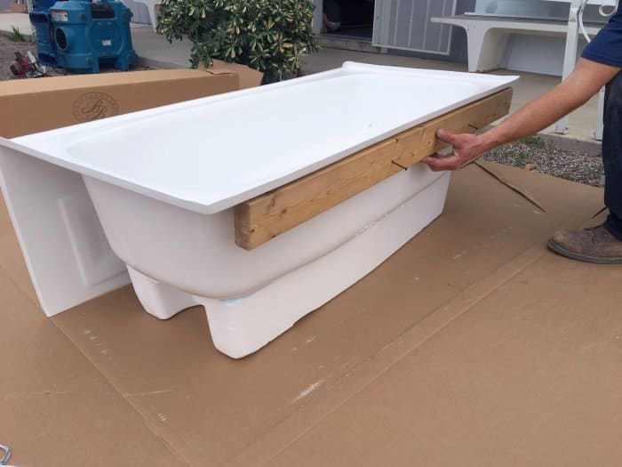 How to Install a New Bathtub | Angie\'s List