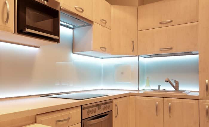 Under Kitchen Cupboard Lighting Throughout Under Cabinet Lights With Fluorescent Bulbs Lighting Options For Inside And Under Your Kitchen Cabinets