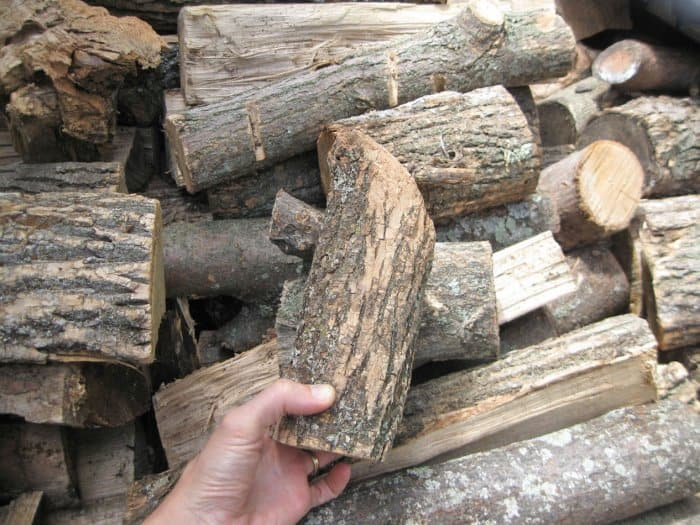 How to make candle holders out of logs angie 39 s list for Log candle holder how to make