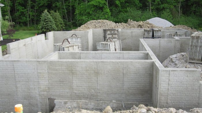 5 types of home foundation systems angie 39 s list for Poured concrete basement walls