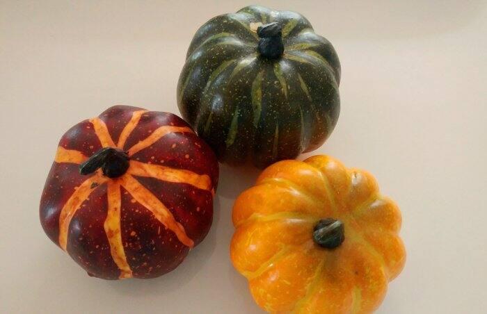 fake pumpkins for crafts