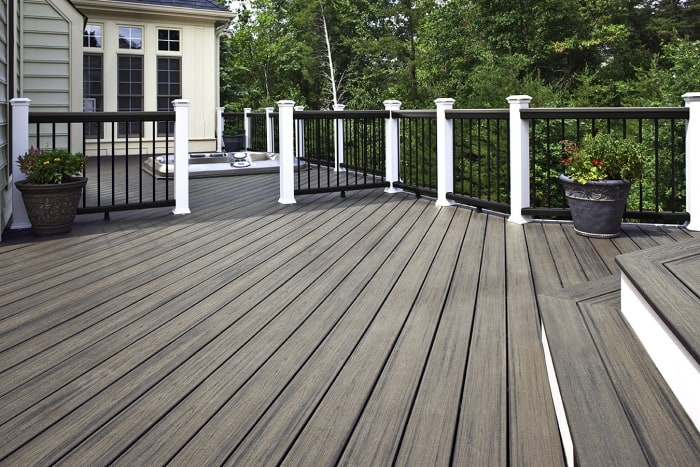 Top trends for decks in 2015 angie 39 s list for Decking boards 3 6 metres