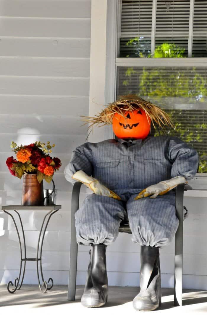 Halloween porch sitter
