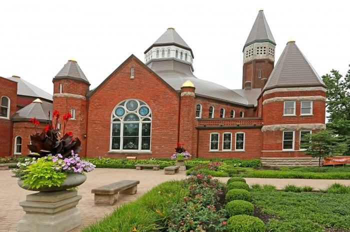 Indiana Landmarks Building