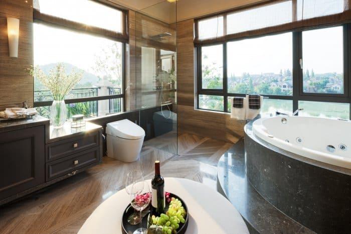 A luxury bathroom