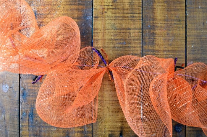 mesh loops for Halloween garland