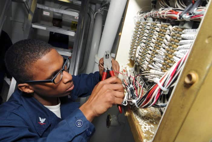 navy electrician