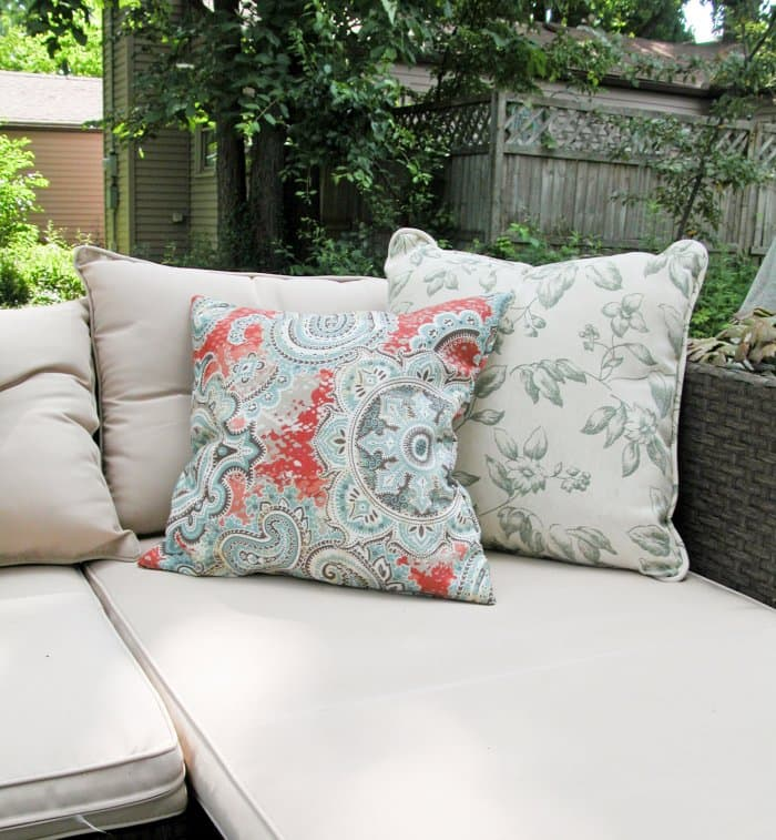 Finished DIY Patio Pillows