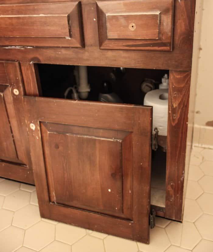 taking doors off old vanity