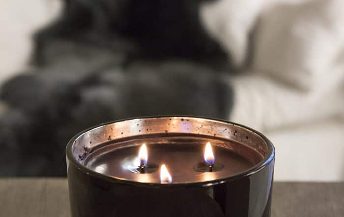 aromatherapy candles in bedroom