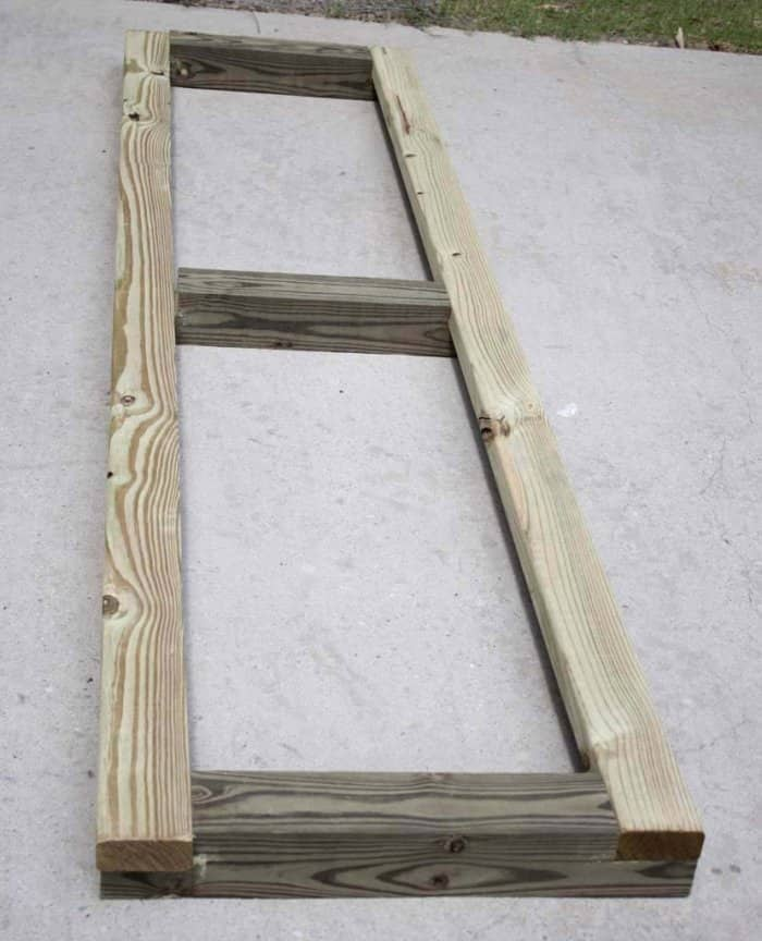 Side panel of a DIY garden box. (Photo courtesy of Jamie Lott/Southern Revivals)