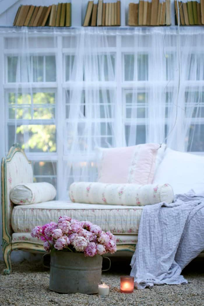 Diy Inspiration Daybeds: How To Build A DIY She-shed
