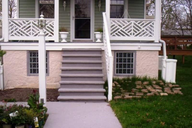 Reviving a crumbling Concrete Porch With Granite Coating
