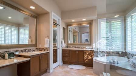 recessed lighting in bathroom