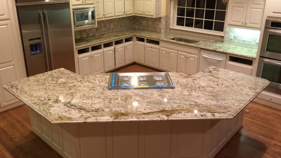 What granite kitchen counter color do i choose angie 39 s list for Kitchen granite countertops colors
