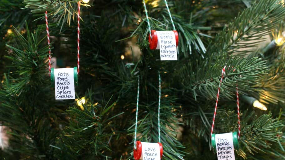 DIY Christmas ornaments on tree