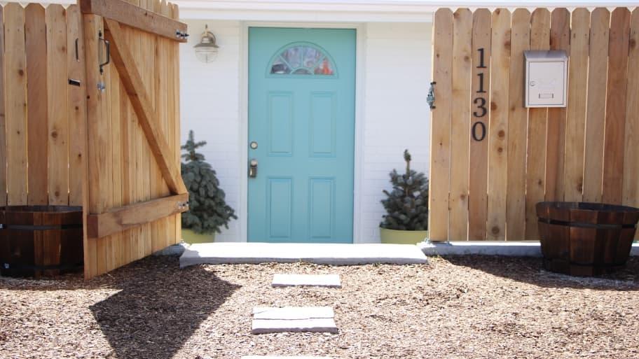 fence opening to front door