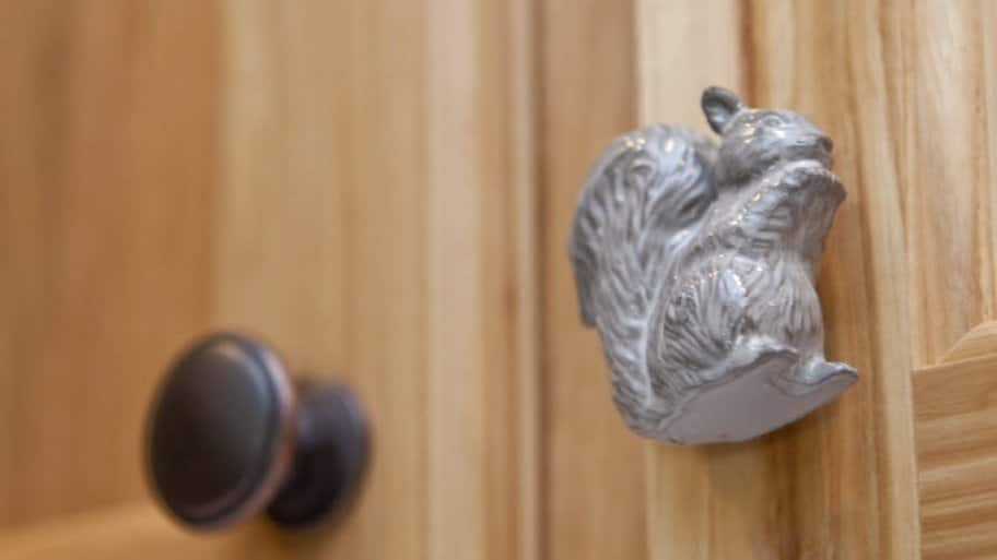 ceramic squirrel shaped kitchen cabinet pull