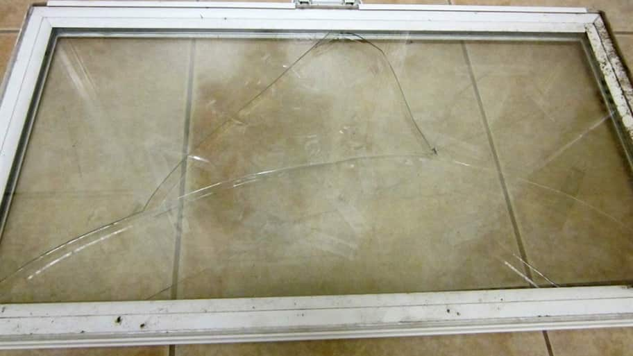 Diy Glass Chip Or Window Crack Repair Angie S List