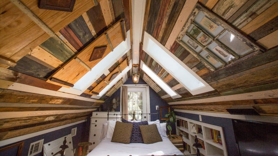 Preserving The Past With Reclaimed Bulding Materials