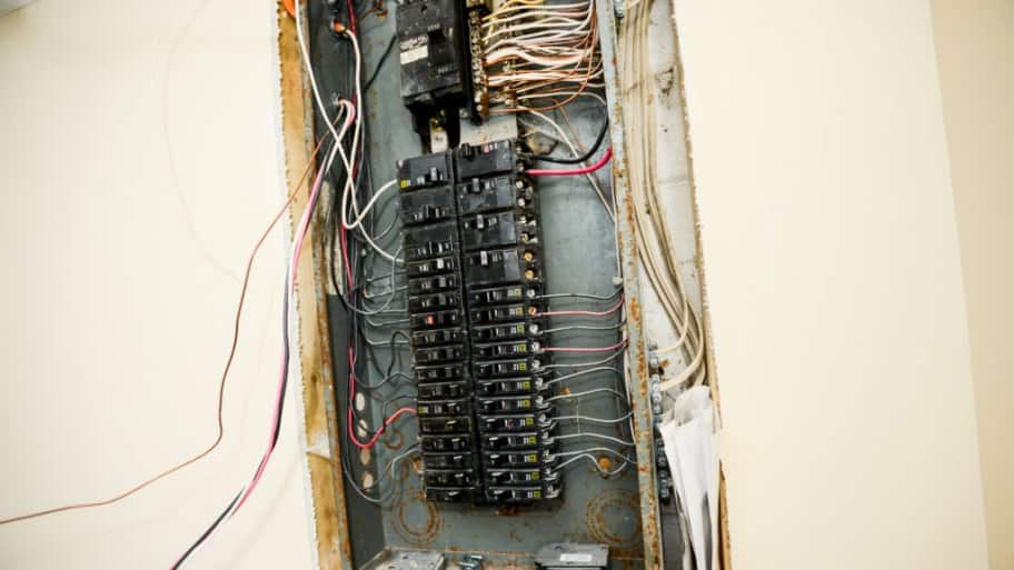1950 outdoors electrical box with fuses   39 wiring