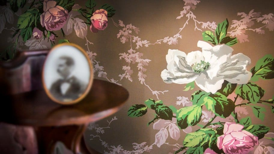 Walter Knabe floral wallpaper at the James Whitcomb Riley Museum Home