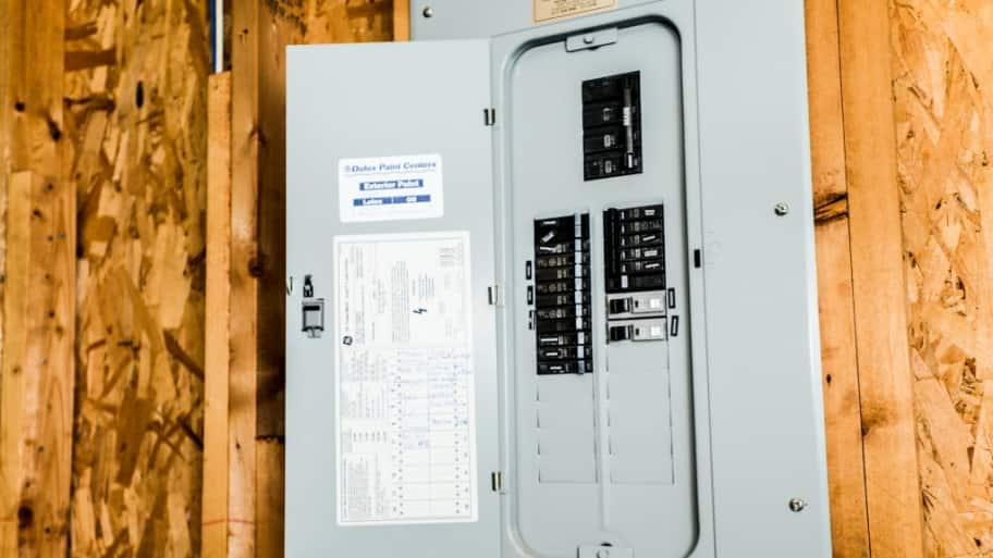 Circuit breaker box & Should I Repair My Electrical Breaker Box? | Angieu0027s List Aboutintivar.Com