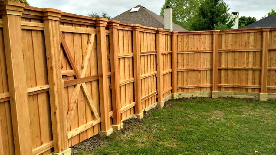 How to build a cedar fence angie 39 s list for How to build a short fence