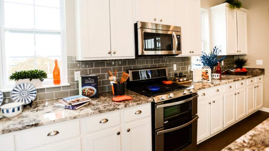 6 Ways To Keep Kitchen Counters Clutter Free | Angie'S List