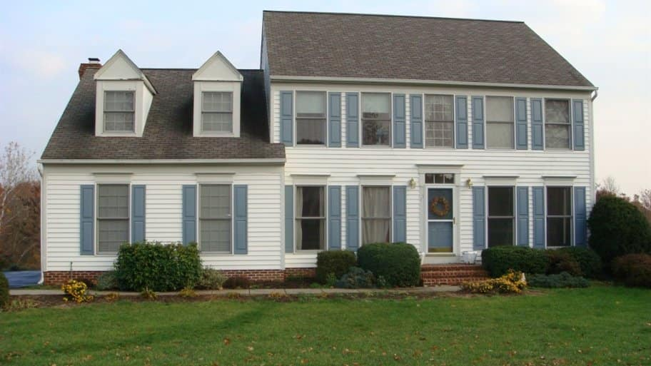 Colonial Style House. Choose Exterior Paint ... Part 52