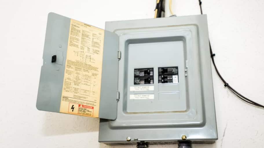 Electrical breaker box