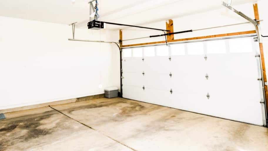 Empty Garage Ready To Remodel Into Living Space. Converting ...