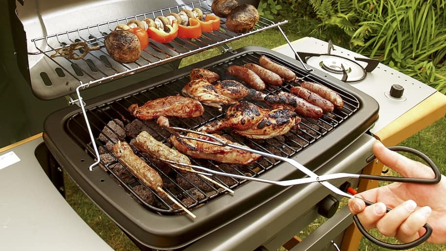Charcoal Or Gas Grill What S The Best Way To Barbecue