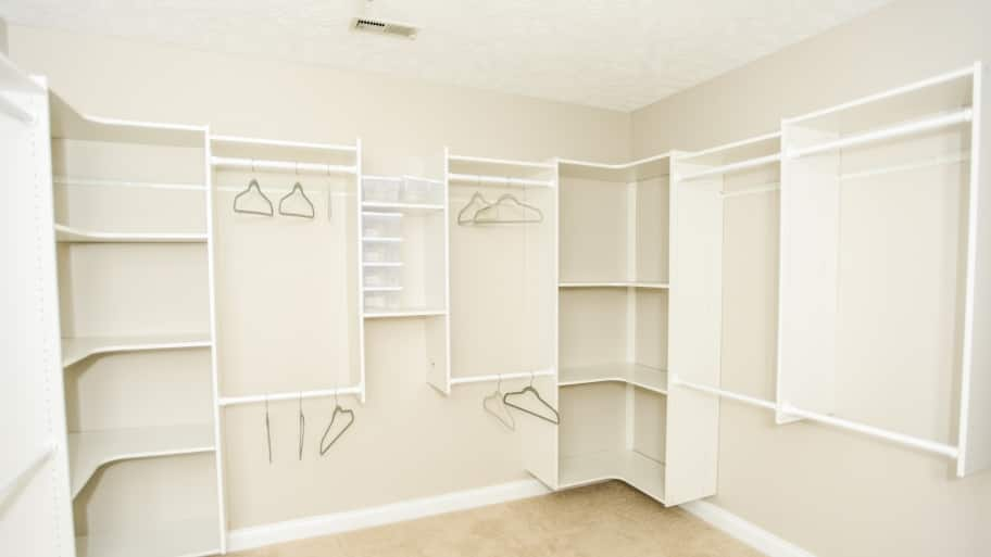 Walk in closet systems Narrow Key Features Of Custom Closet Systems Thenon Conference Design Key Features Of Custom Closet Systems Angies List