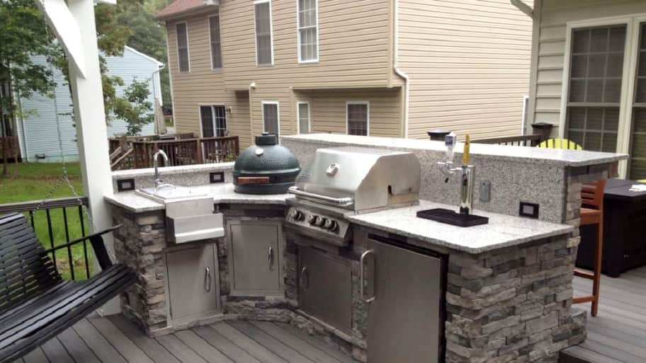 L Shaped Stone Facade Outdoor Kichen, With Sink, Beer Dispenser And A Big