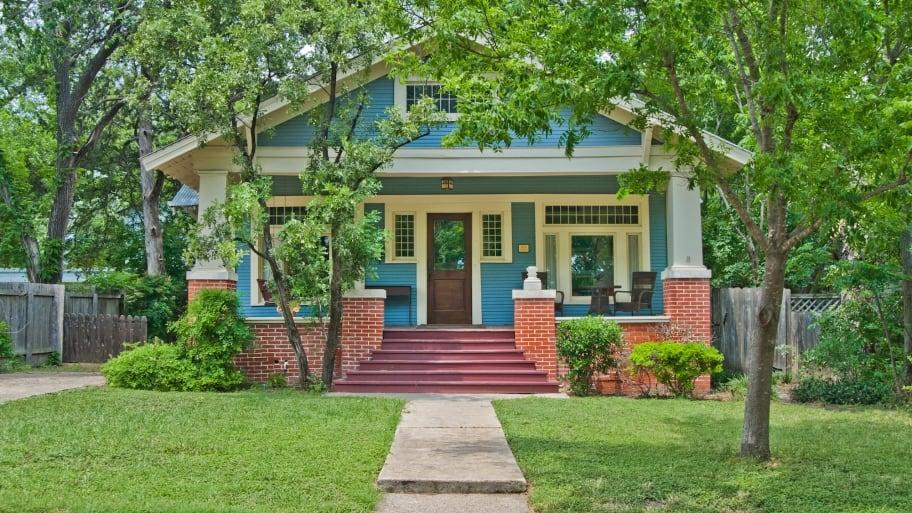 craftsman bungalow house with blue paint job - Craftsman Bungalow Home Exterior