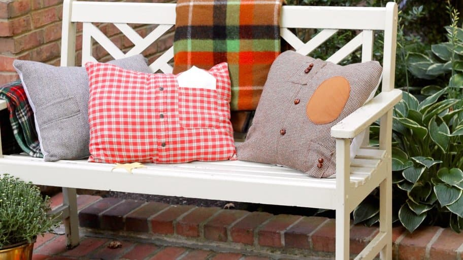 outdoor bench with DIY fall pillows