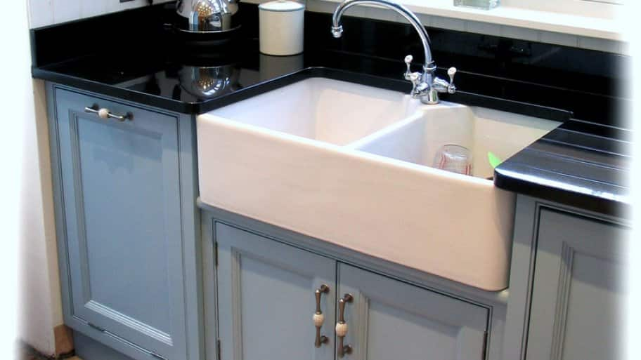kitchen sinks types what are farmhouse sinks angie s list 3062