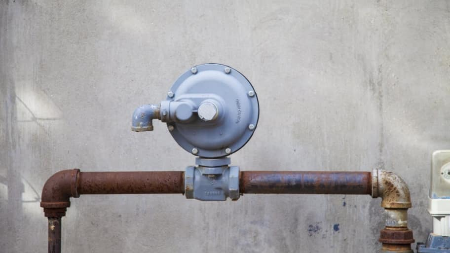 Should I Hire a Plumber for Gas Lines? | Angie's List
