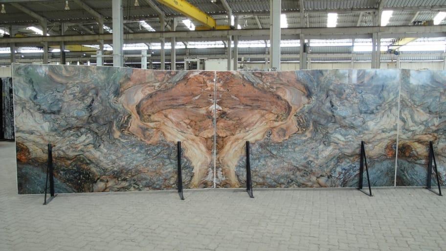 Colorful Fusion Granite Slabs