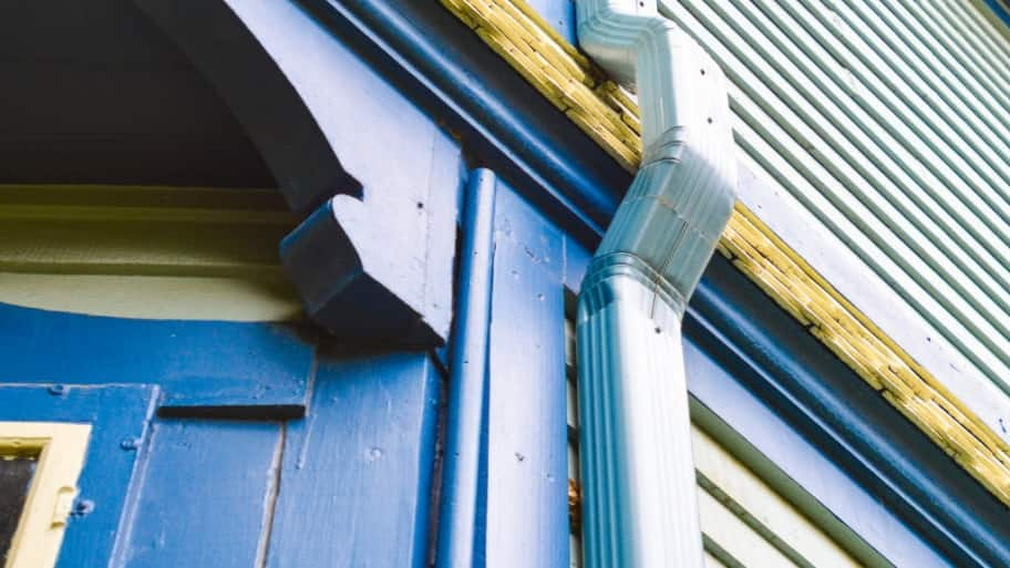 5 Warning Signs You Need New Gutters | Angie's List